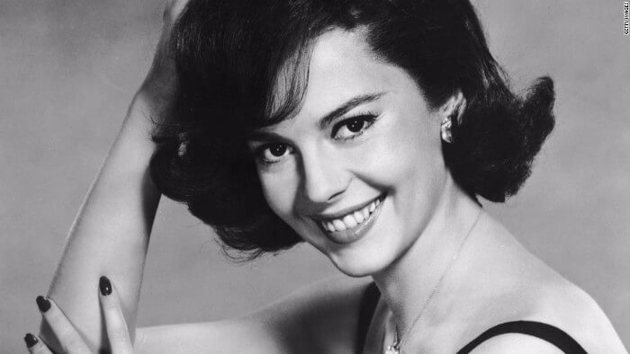 headshot of natalie wood